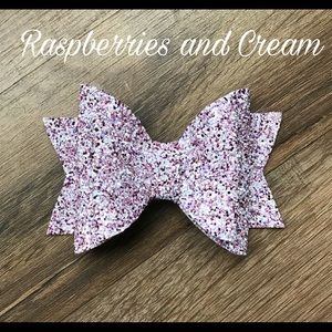 Other - Glitter Bow